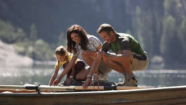 Family special – 1 child lodges free!